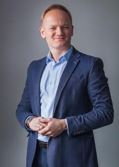 dr Dariusz Pilch